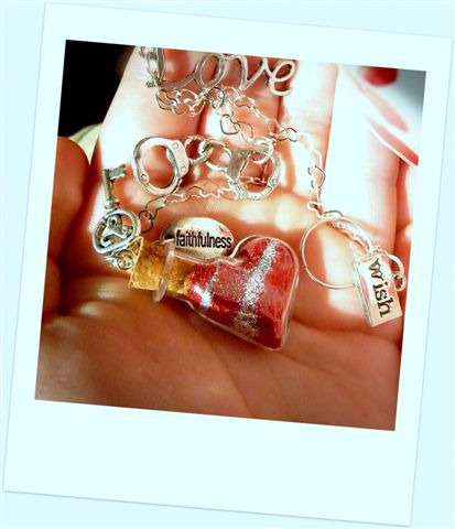 Unique romantic gifts from Captured Wishes